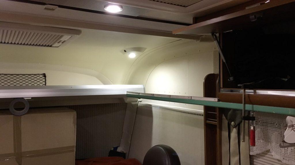 messen, messen, messen beim Ausbau des Hubbett